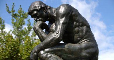 Estátua do Pensador. O que é filosofia? O que faz um filósofo? Para que estudar filosofia?