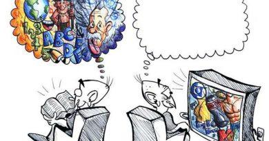 Desenho de uma pessoa assistindo à TV e um balãozinho mostra sua mente vazia, enquanto o outro lê um livro e sua mente viaja em muito conhecimento. A indústria Cultural