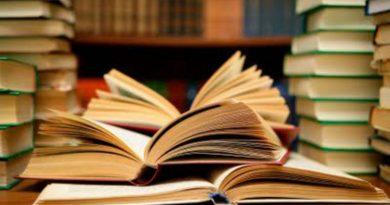 Muitos livros. Referências Bibliográficas do Texto Heidegger e os Gregos.