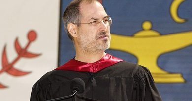 Steve Jobs, o criador da Apple, na Universidade de Stanford