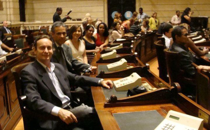 """Benito Pepe e Pedro. A Equipe da Texas e Benito Pepe recebem """"Moção de Reconhecimento e Louvor"""" da Câmara Municipal do Rio de Janeiro."""