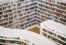 Uma Biblioteca com diversas publicações.
