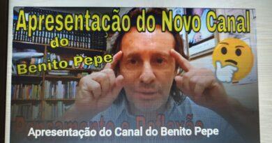 Miniatura da apresentação do Canal do Benito Pepe no YouTube, Mostra o Benito Pepe com os dedos na testa como em pensamento.
